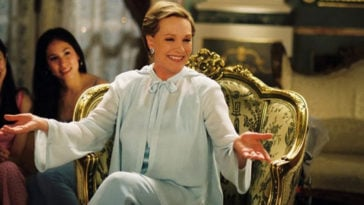 Julie Andrews gives an update on The Princess Diaries 3 16