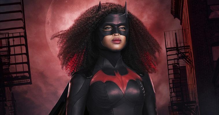 Batwoman's Javicia Leslie looks stunning in her new superhero costume 12