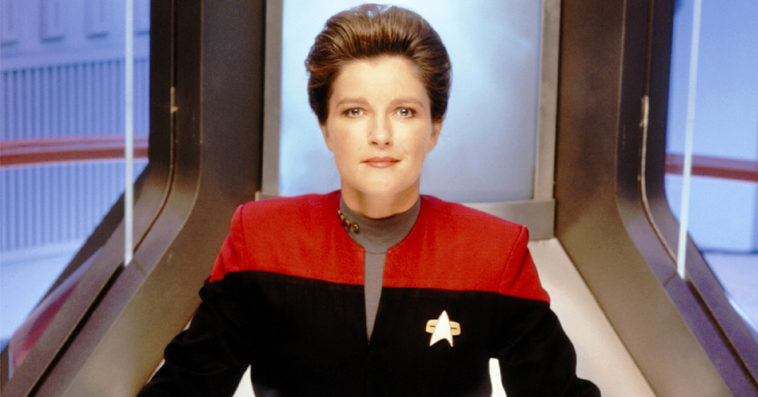 Star Trek: Voyager's Kate Mulgrew is returning as Captain Janeway for Star Trek: Prodigy 20