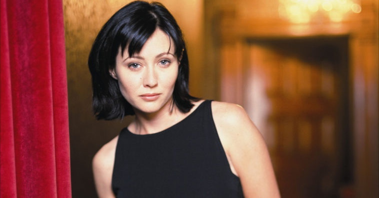 Shannen Doherty weighs in on the Charmed feud between the old and new stars 13