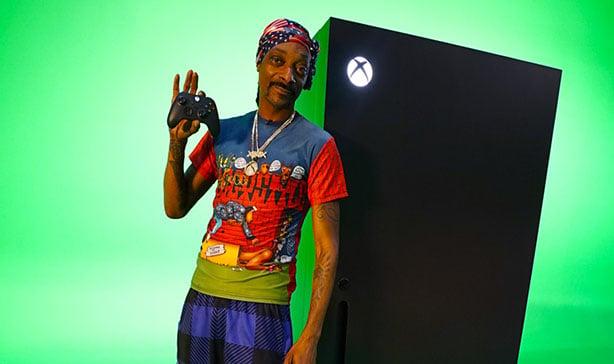 Microsoft made an Xbox Series X fridge 12