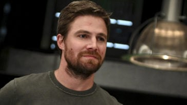 Arrow's Stephen Amell reveals he tested positive for COVID-19 22