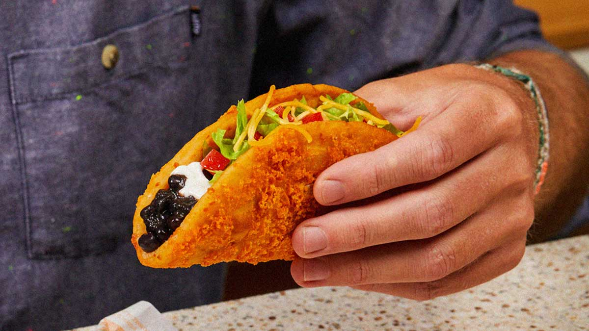 Taco Bell's Toasted Cheddar Chalupa is coming back with a new vegetarian option 13