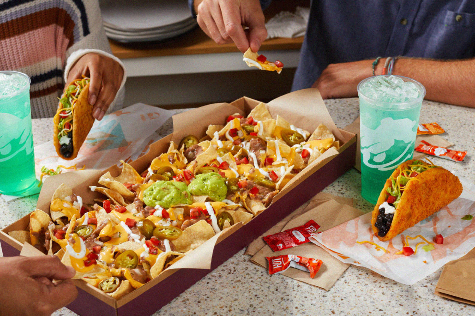 Taco Bell's Toasted Cheddar Chalupa is coming back with a new vegetarian option 14