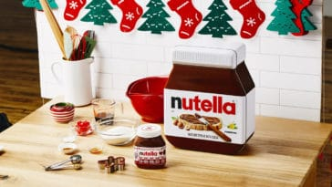 Nutella's DIY Holiday Breakfast Kit includes everything you need to make gingerbread pancakes 27