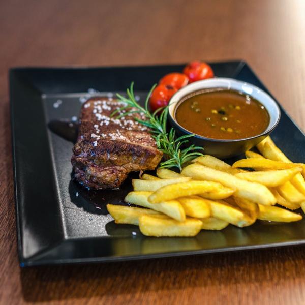 Steak with Pommes Frites 20