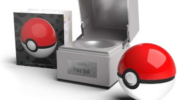 Official Poké Balls replicas light up just like the real thing 12