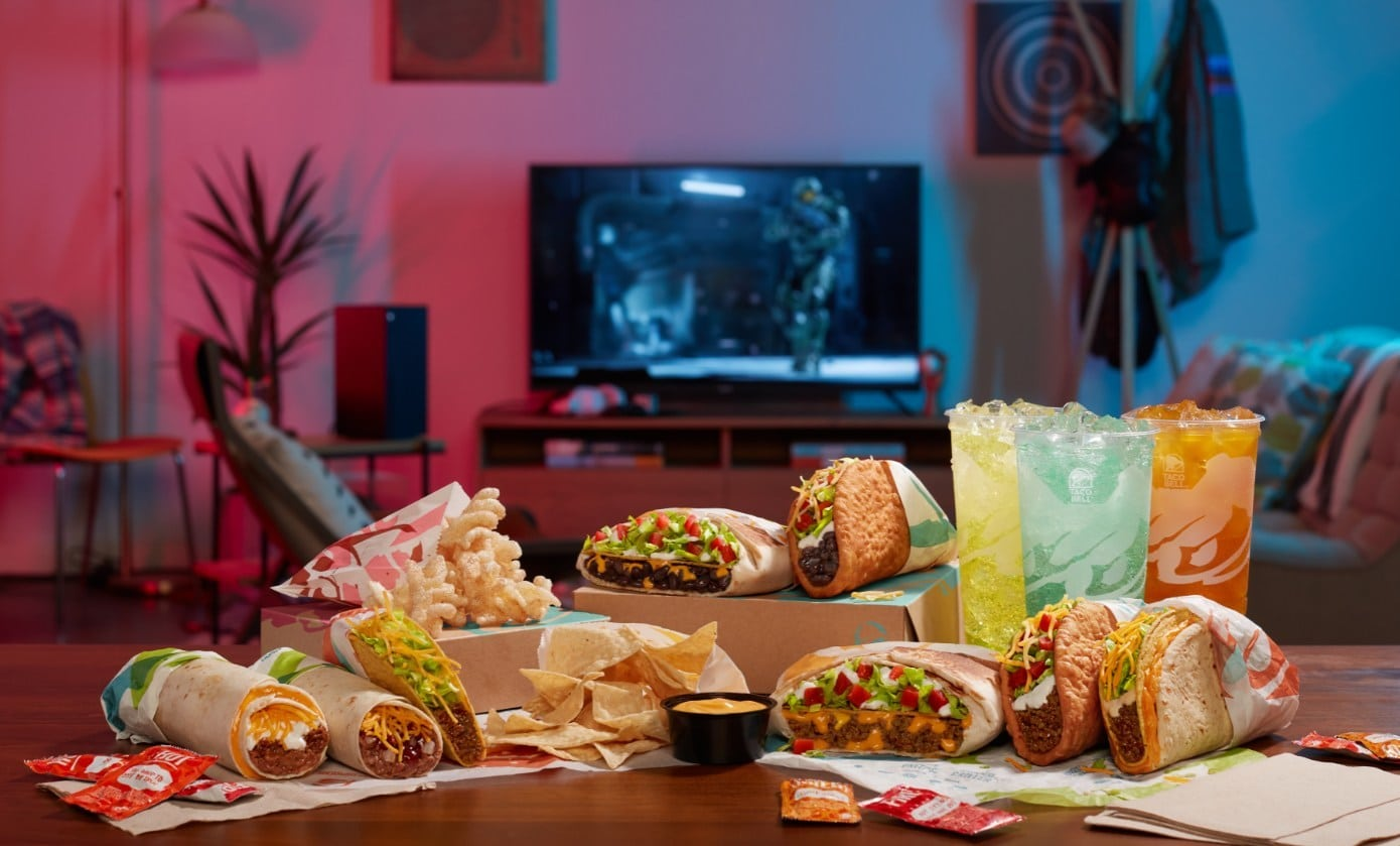 The different menu items that customers can choose from to build their own $5 Taco Bell cravings box