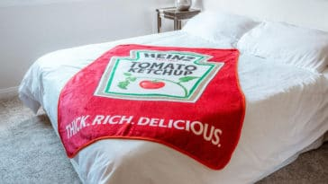 Fight the Arctic blast with this Heinz Ketchup blanket 24