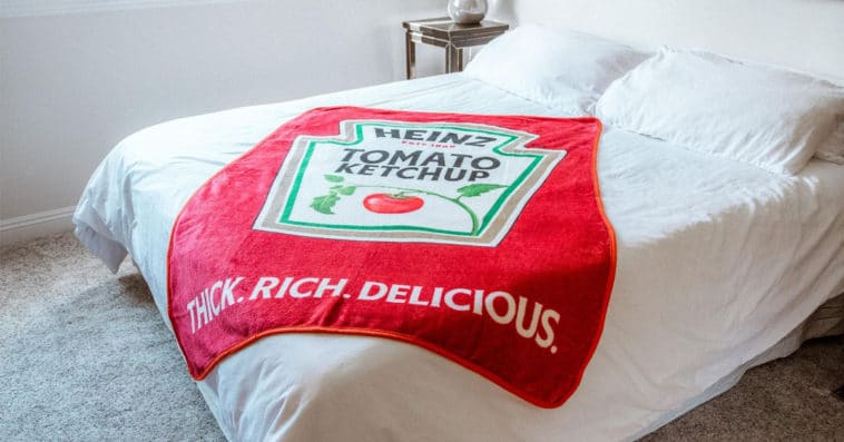 Fight the Arctic blast with this Heinz Ketchup blanket 13