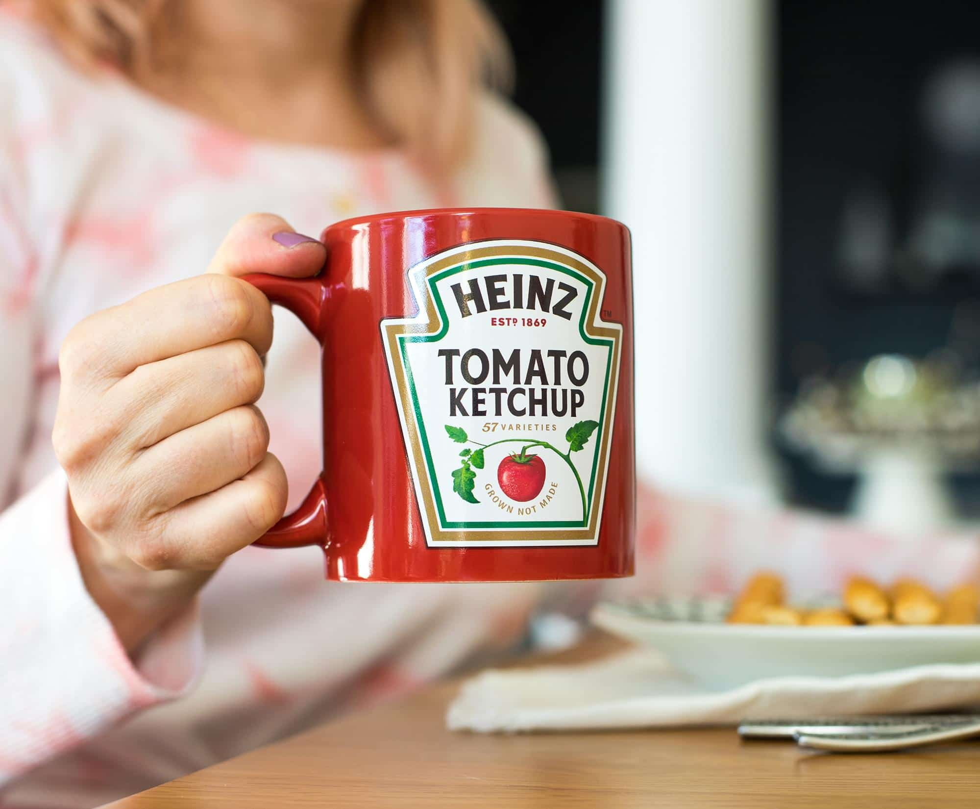 Fight the Arctic blast with this Heinz Ketchup blanket 19