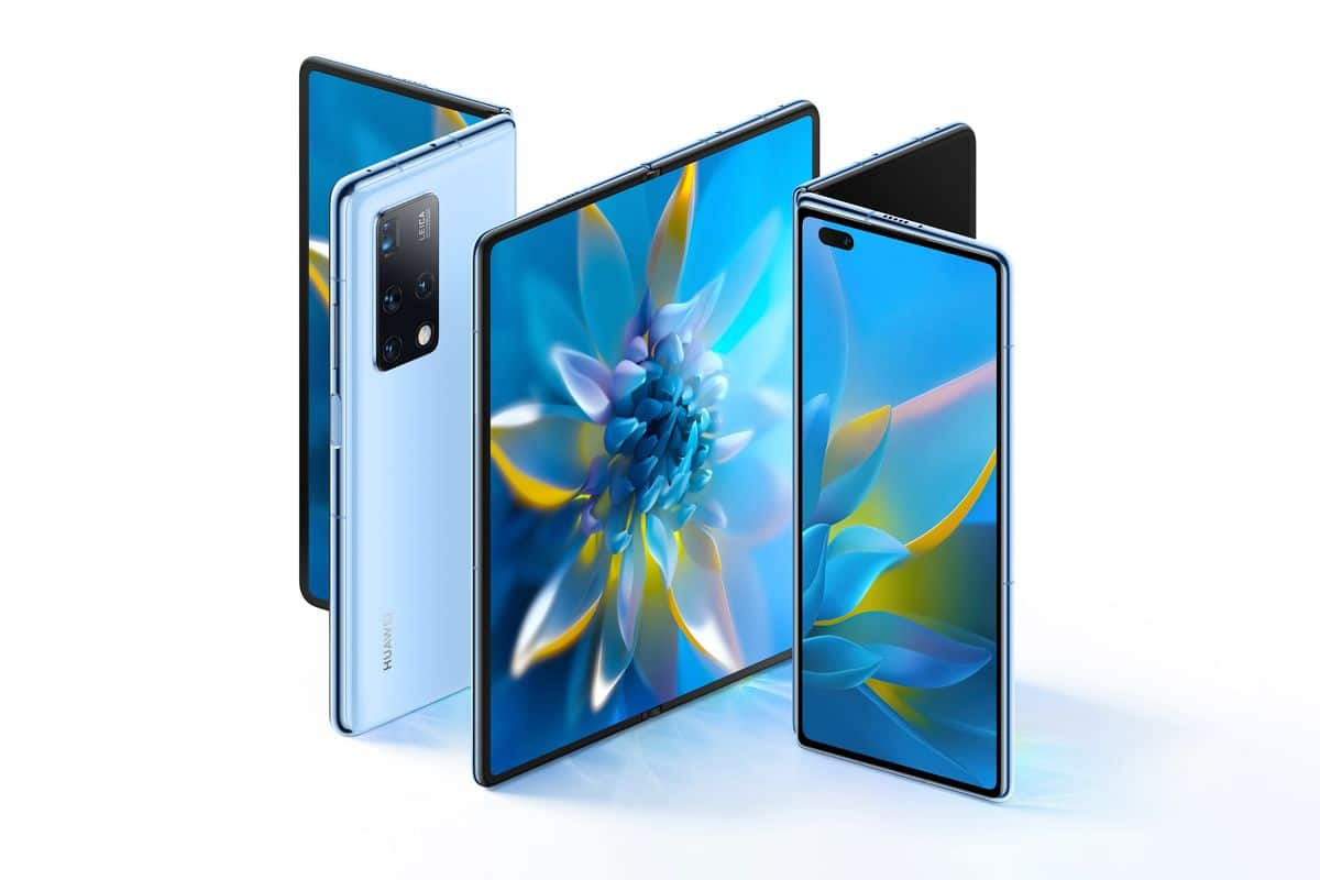 Huawei Mate X2 with Leica cameras