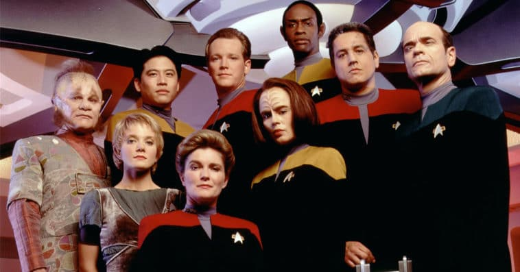 A crowdfunding campaign for Star Trek: Voyager Documentary is now live 11