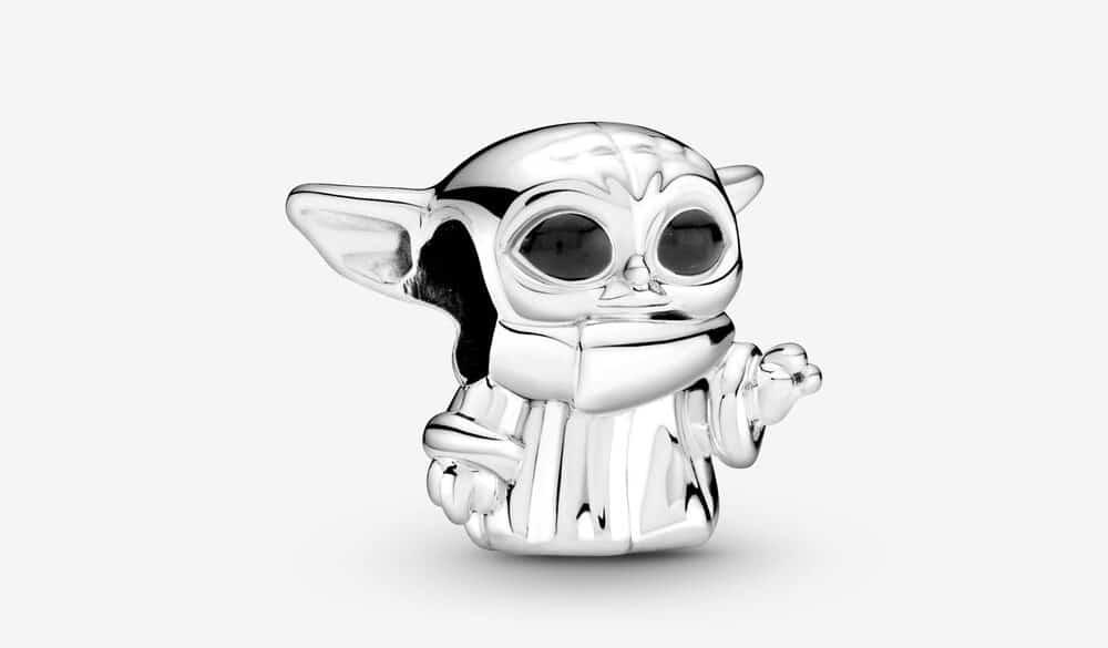 Celebrate Star Wars Day with these Star Wars x Pandora jewelry pieces 15