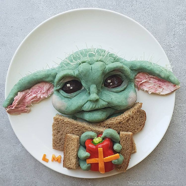 Mom turns her kid's lunches into edible pop culture icons 43