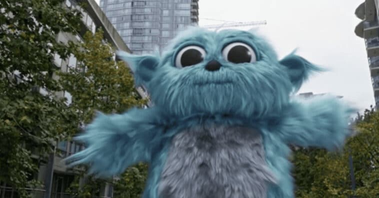 Legends of Tomorrow's Beebo is getting his own Christmas special 15