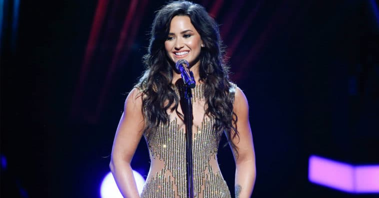 Demi Lovato will investigate UFO phenomena in a new docuseries 15
