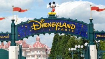 When will Disneyland Paris reopen? 14
