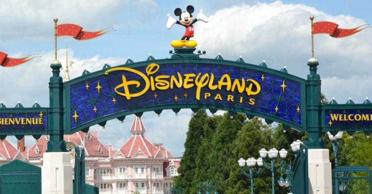 When will Disneyland Paris reopen? 15