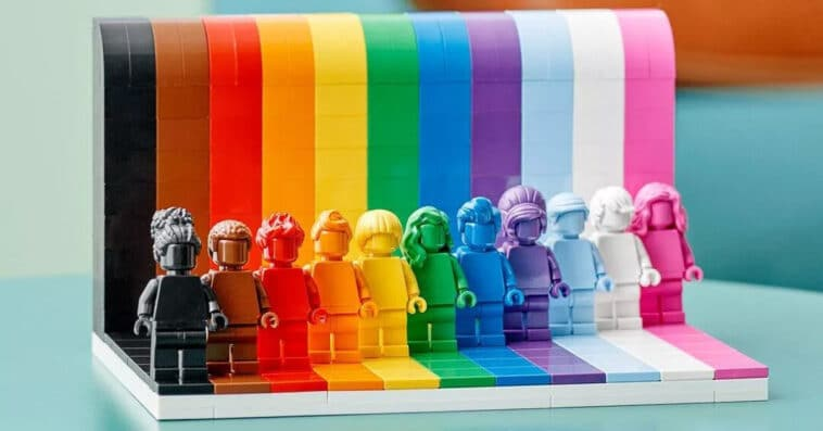 LEGO unveils LGBTQ-themed Everyone Is Awesome set in time for Pride Month 15