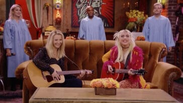 Lady Gaga sings Smelly Cat in Friends: The Reunion and fans can't get over it 18