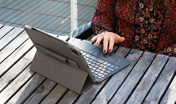 Turn your iPad into a laptop with ZAGG Pro Keys 15