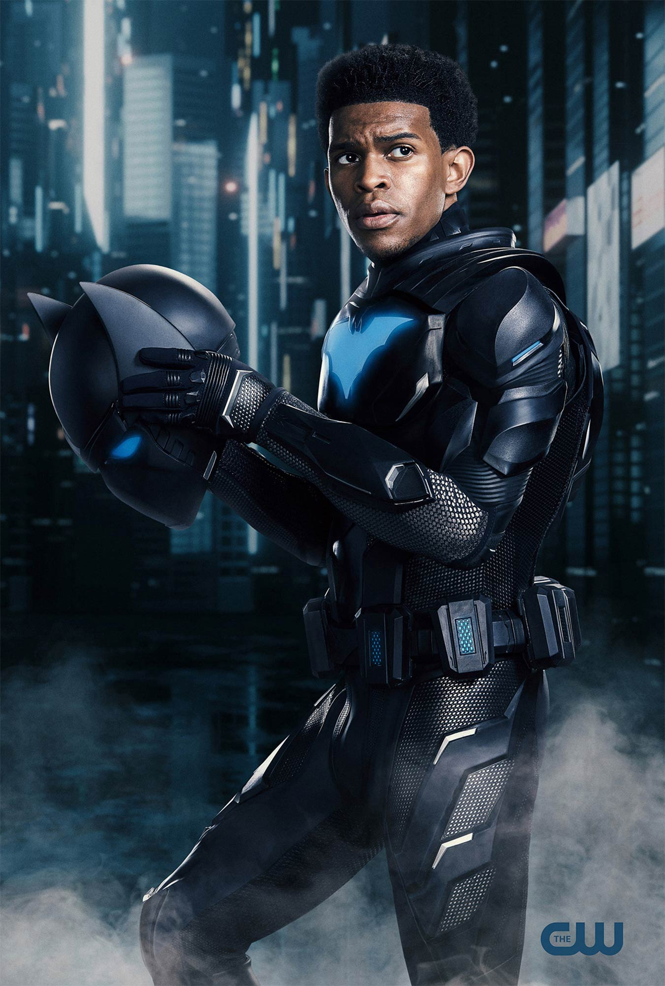 Batwoman star Camrus Johnson is suiting up as Batwing in season 2 finale 14