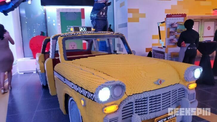 NYC's biggest LEGO store opens with a Broadway-style musical 17
