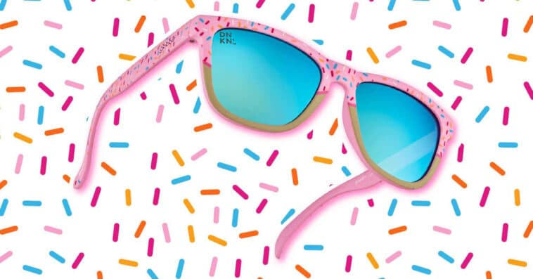 These Dunkin' Donuts x Goodr sunnies are inspired by strawberry frosted donut 13
