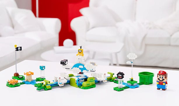 Super Mario LEGO adds Luigi figure and a two-player mode 18