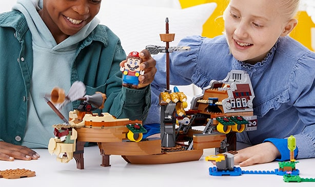 Super Mario LEGO adds Luigi figure and a two-player mode 17