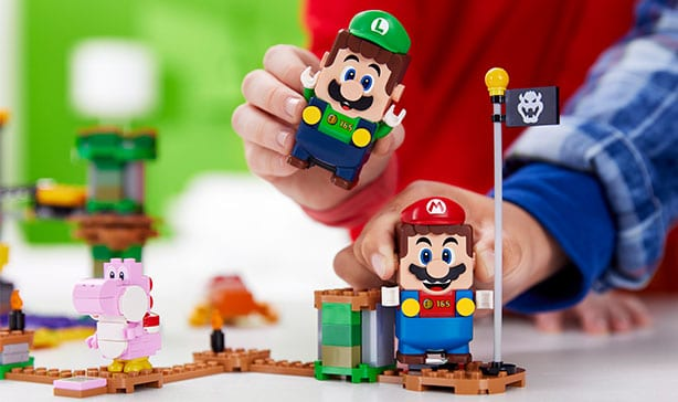 Super Mario LEGO adds Luigi figure and a two-player mode 14