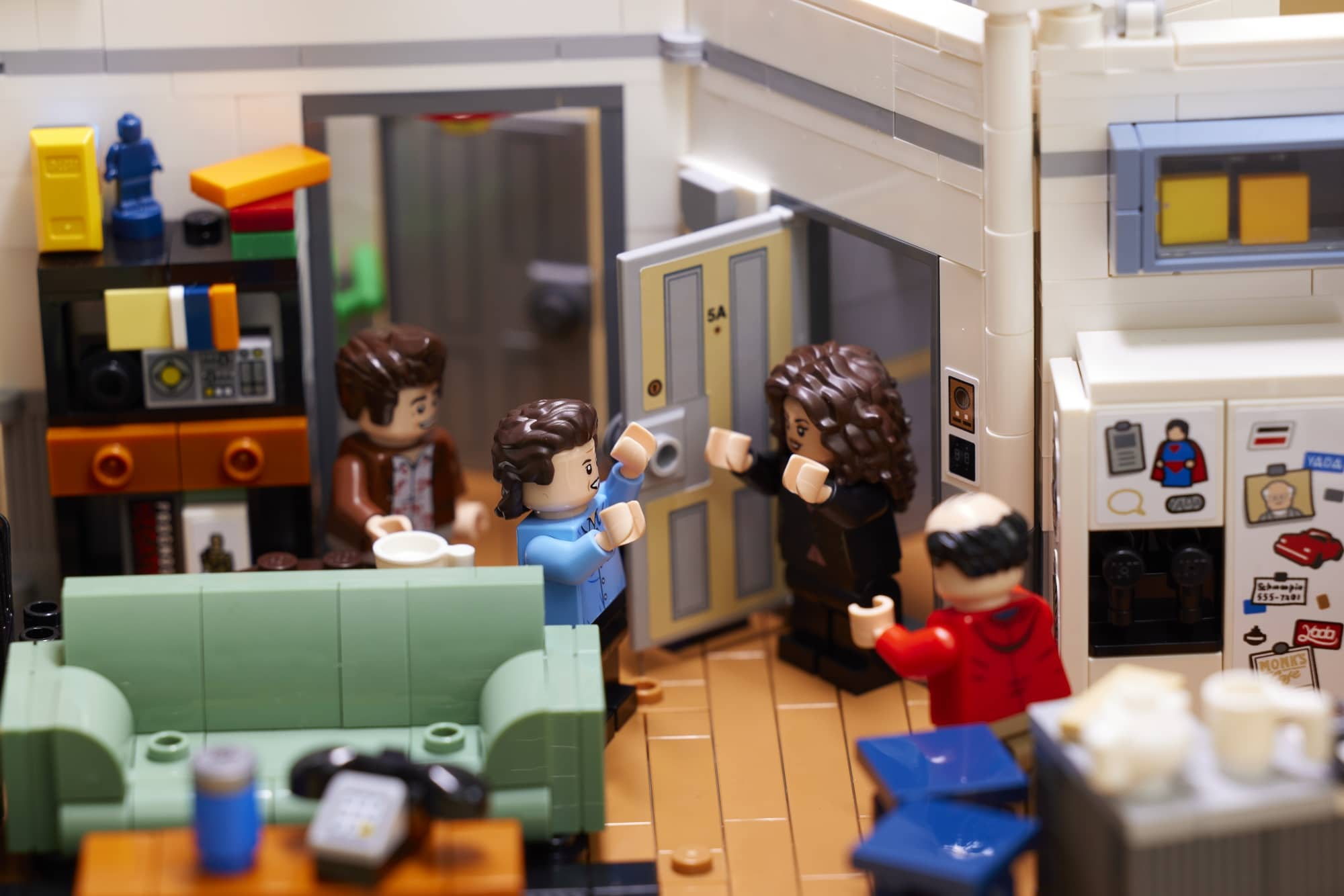 The LEGO Ideas Seinfeld set will transport fans back to '90s New York City 18