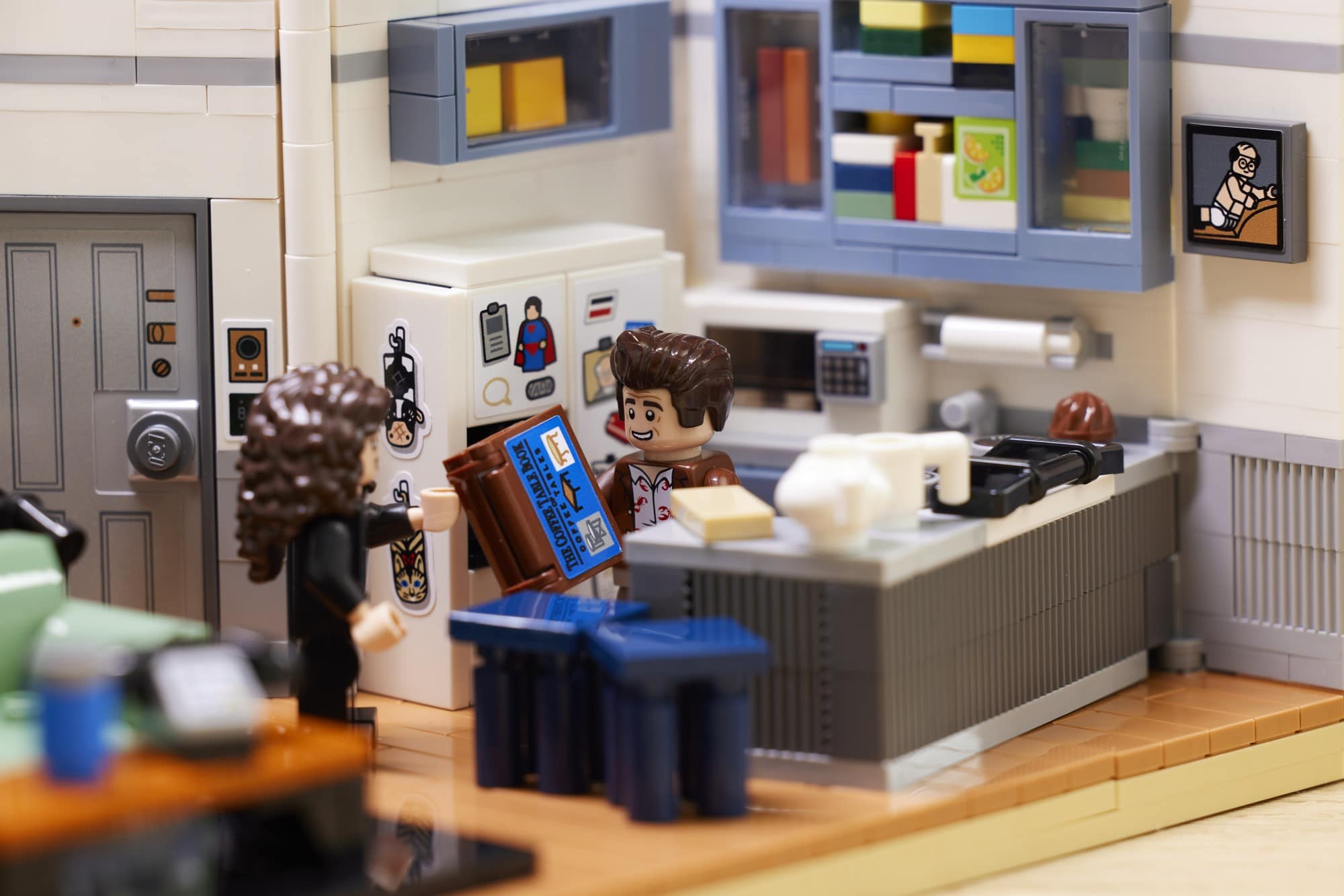 The LEGO Ideas Seinfeld set will transport fans back to '90s New York City 20