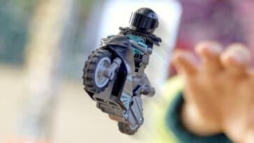 LEGO introduces flywheel-powered bikes with LEGO City Stuntz sets 17