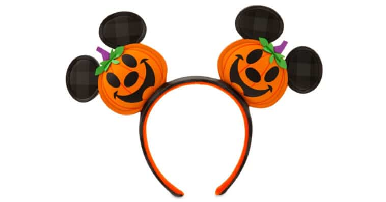This adorable Mickey Mouse Jack-o'-Lantern Ear Headband is getting us in the mood for Halloween 16