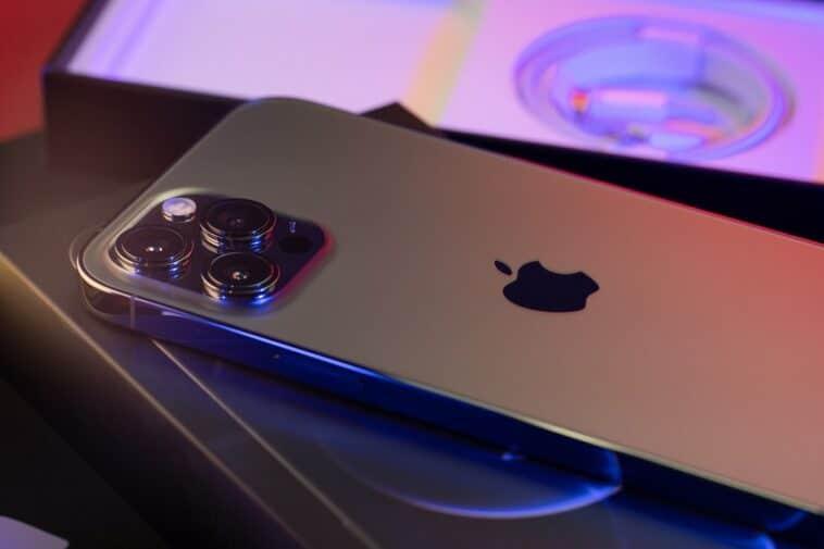 iPhone 13 Satellite phone