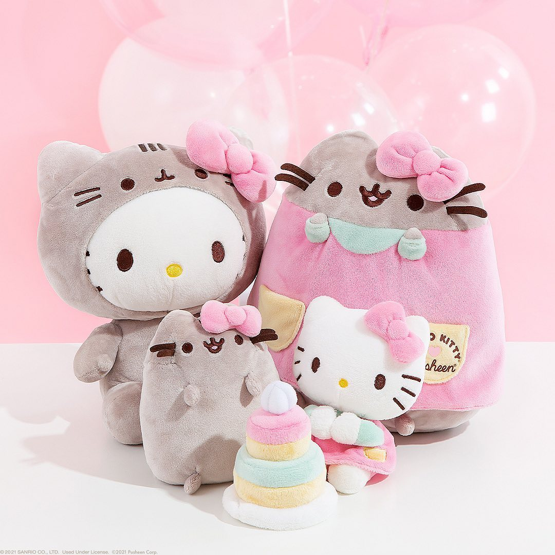 Hello Kitty and Pusheen celebrate their newfound friendship with a merch collection 19