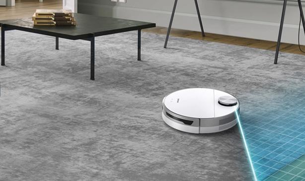 Get $100 off Samsung's Jet Bot robot vacuum 14
