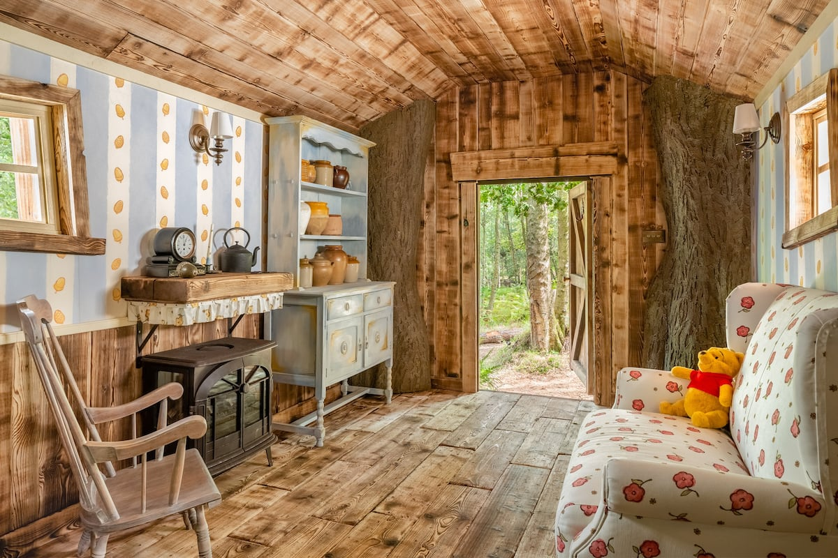 Airbnb is renting out a Winnie the Pooh house 21