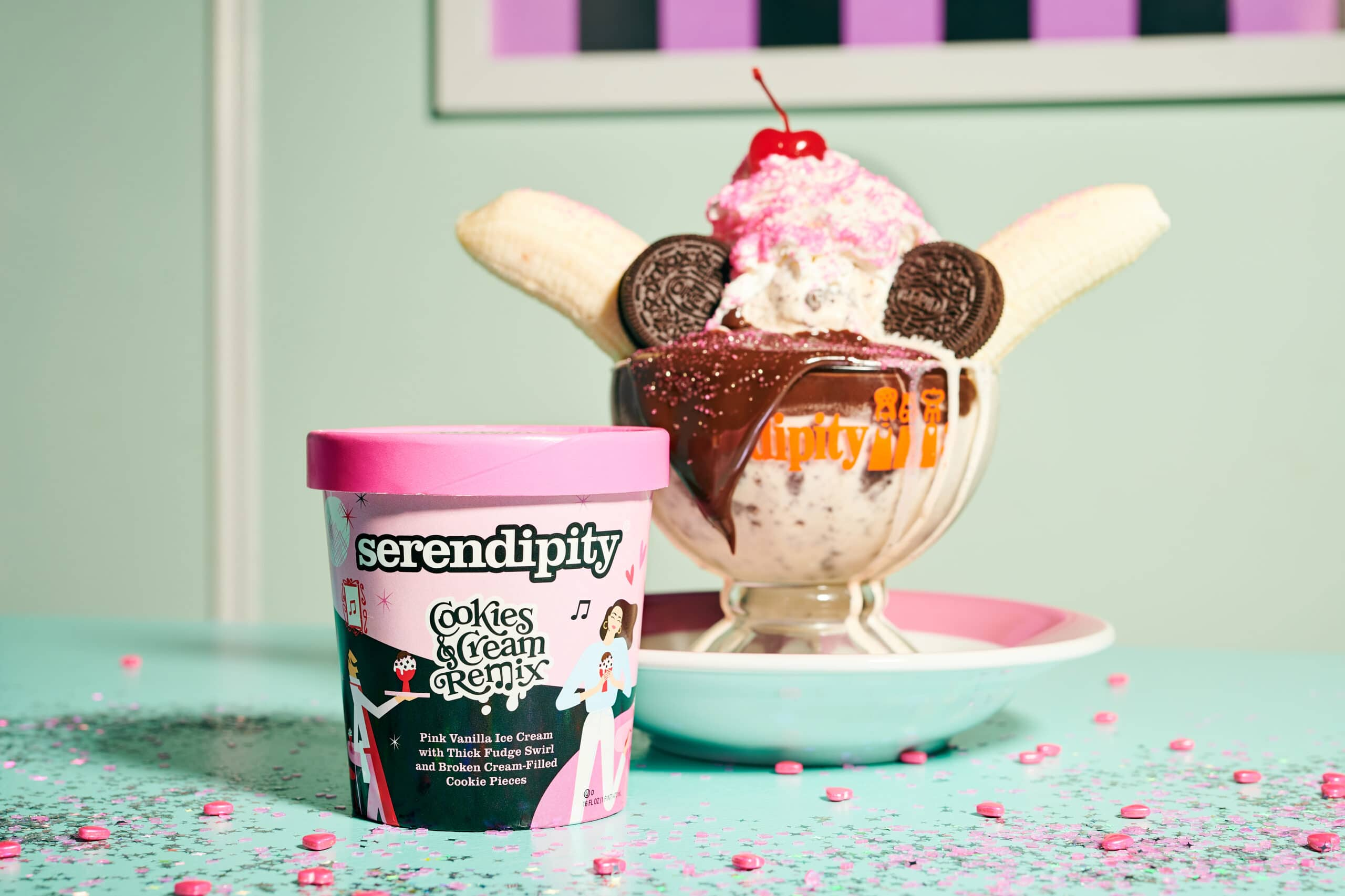 Selena Gomez teams up with Serendipity3 to create her own sundae 17